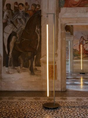 Robinhood_floor light stand_LED strip_antonangeli_Gineico Lighting