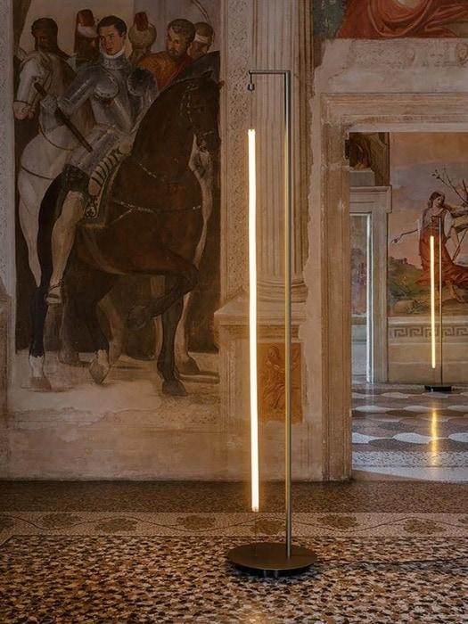 Robinhood_floor light stand_LED strip_antonangeli_Gineico Lighting