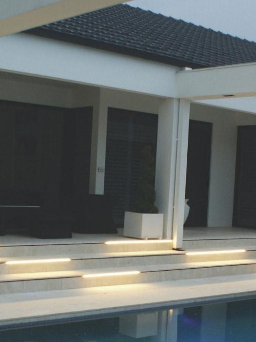 snakelight_exterior flexible stair lights_gineico lighting